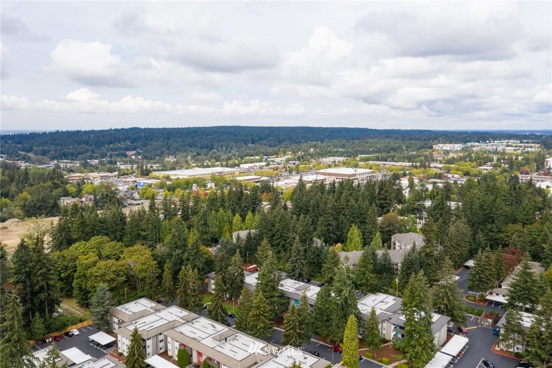 Sold Property | 15300 NE 15th Place #8 Bellevue, WA 98007 19