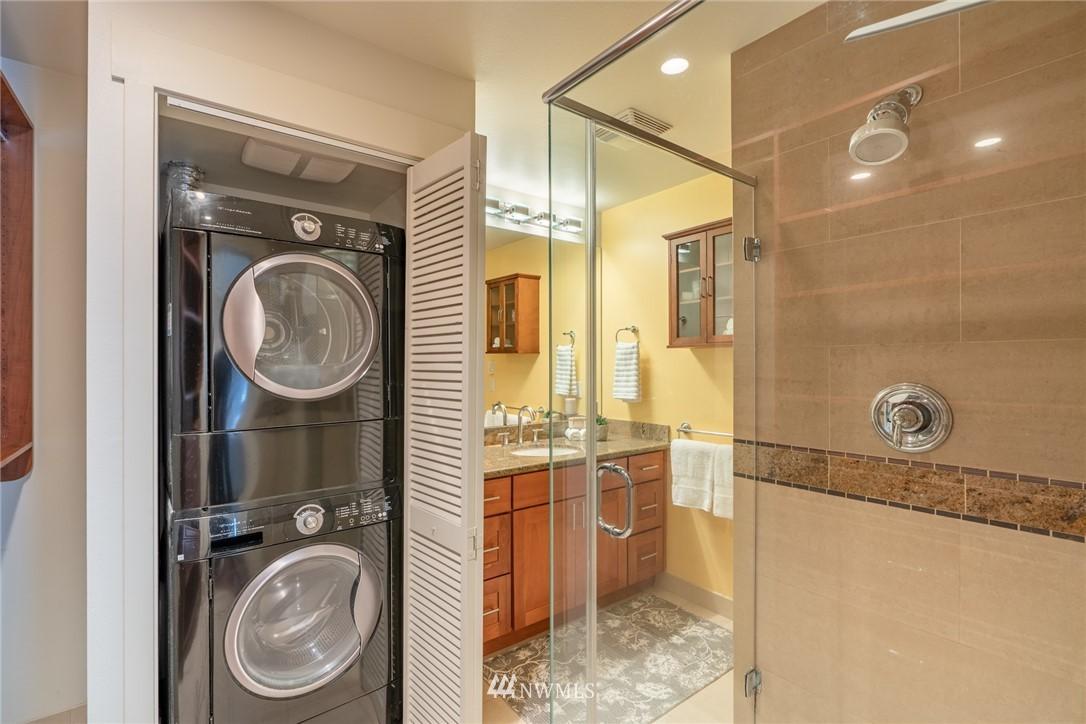 Sold Property | 15300 NE 15th Place #8 Bellevue, WA 98007 13