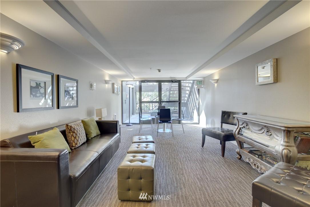 Sold Property | 3028 Western Avenue #315 Seattle, WA 98121 9