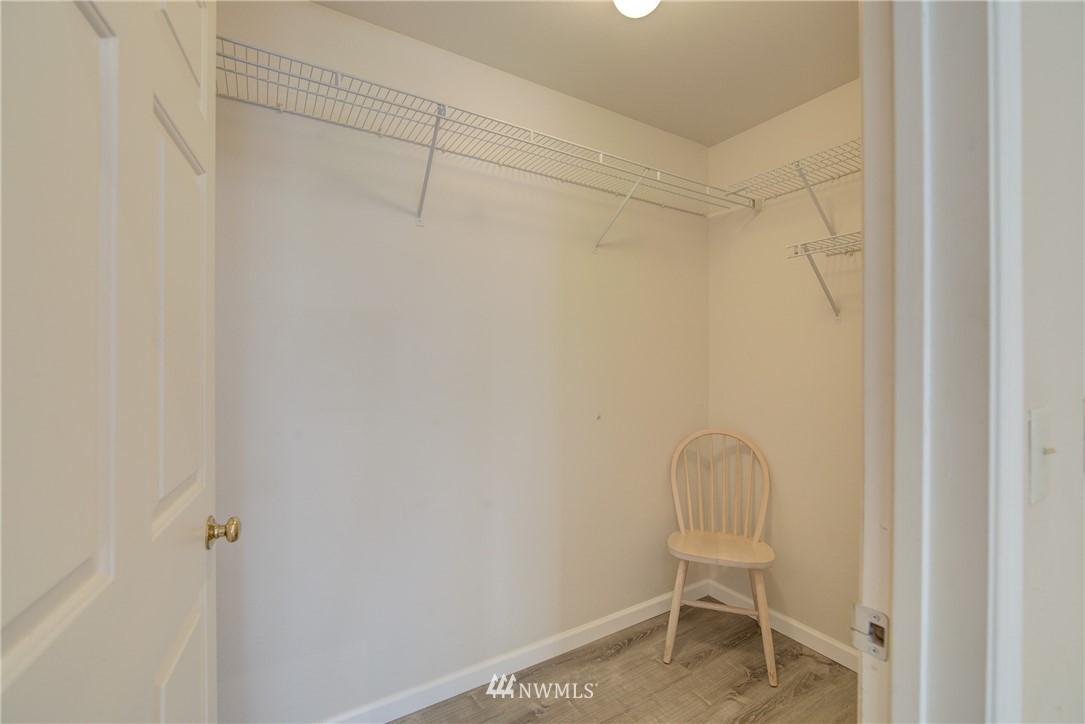 Sold Property | 3028 Western Avenue #315 Seattle, WA 98121 7