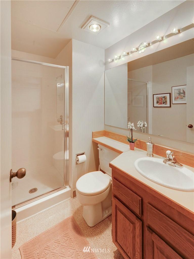 Sold Property   2821 2nd Avenue #2104 Seattle, WA 98121 15