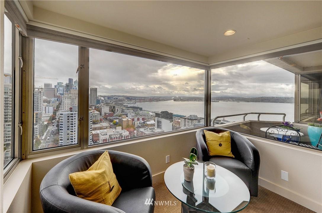 Sold Property   2821 2nd Avenue #2104 Seattle, WA 98121 8