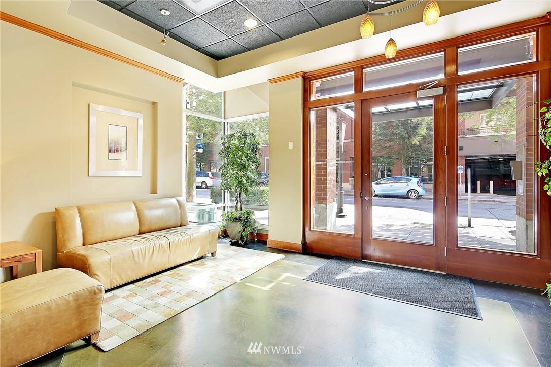 Sold Property | 410 NE 70th Street #304 Seattle, WA 98115 20