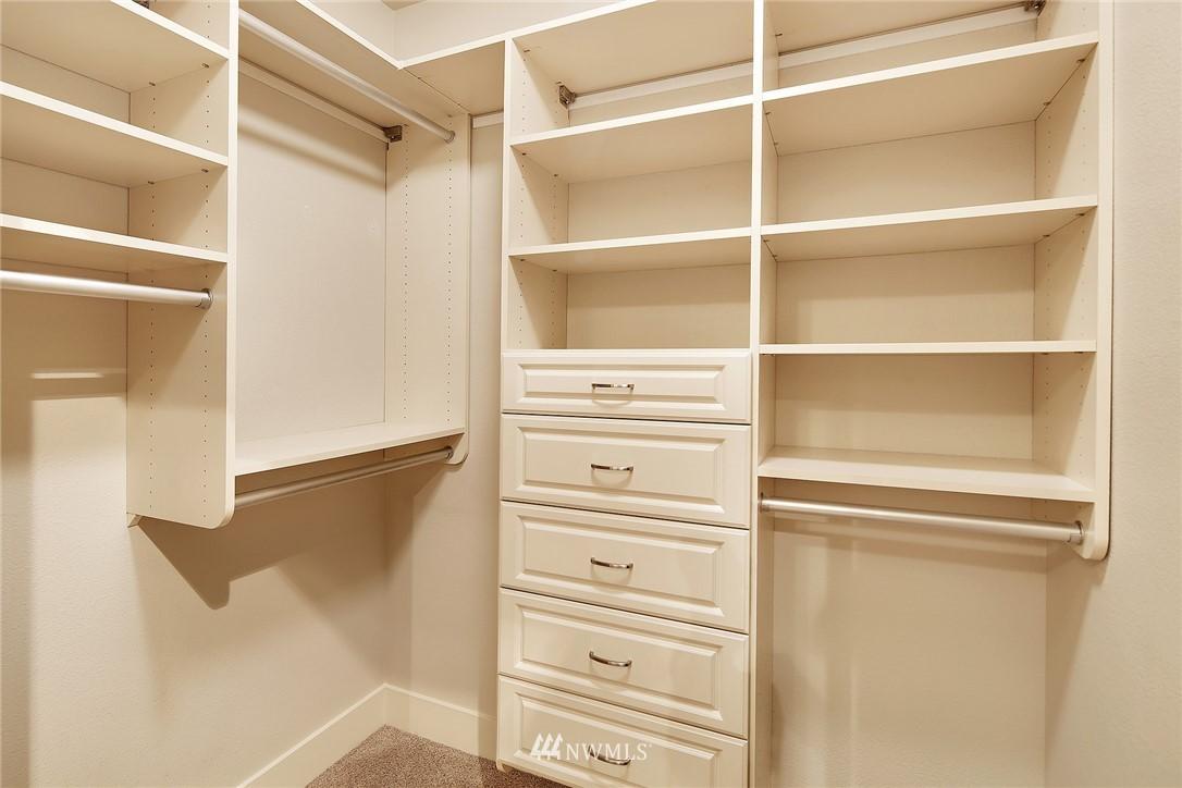 Sold Property | 410 NE 70th Street #304 Seattle, WA 98115 13