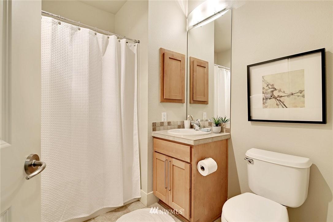 Sold Property | 410 NE 70th Street #304 Seattle, WA 98115 14
