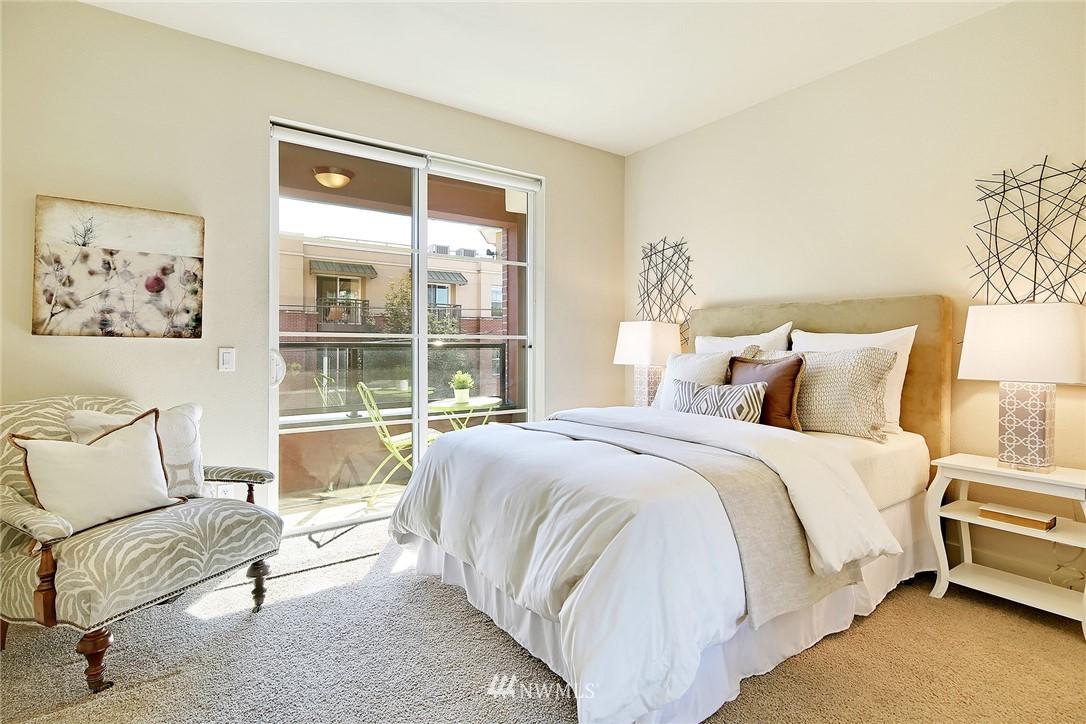 Sold Property | 410 NE 70th Street #304 Seattle, WA 98115 16
