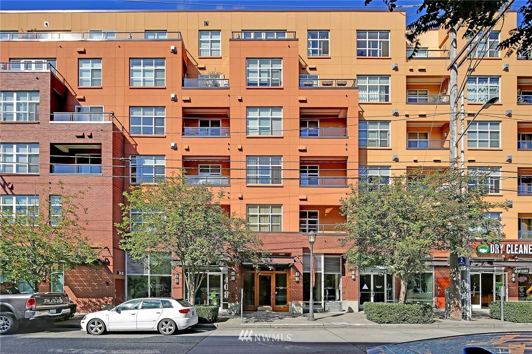 Sold Property | 410 NE 70th Street #304 Seattle, WA 98115 21