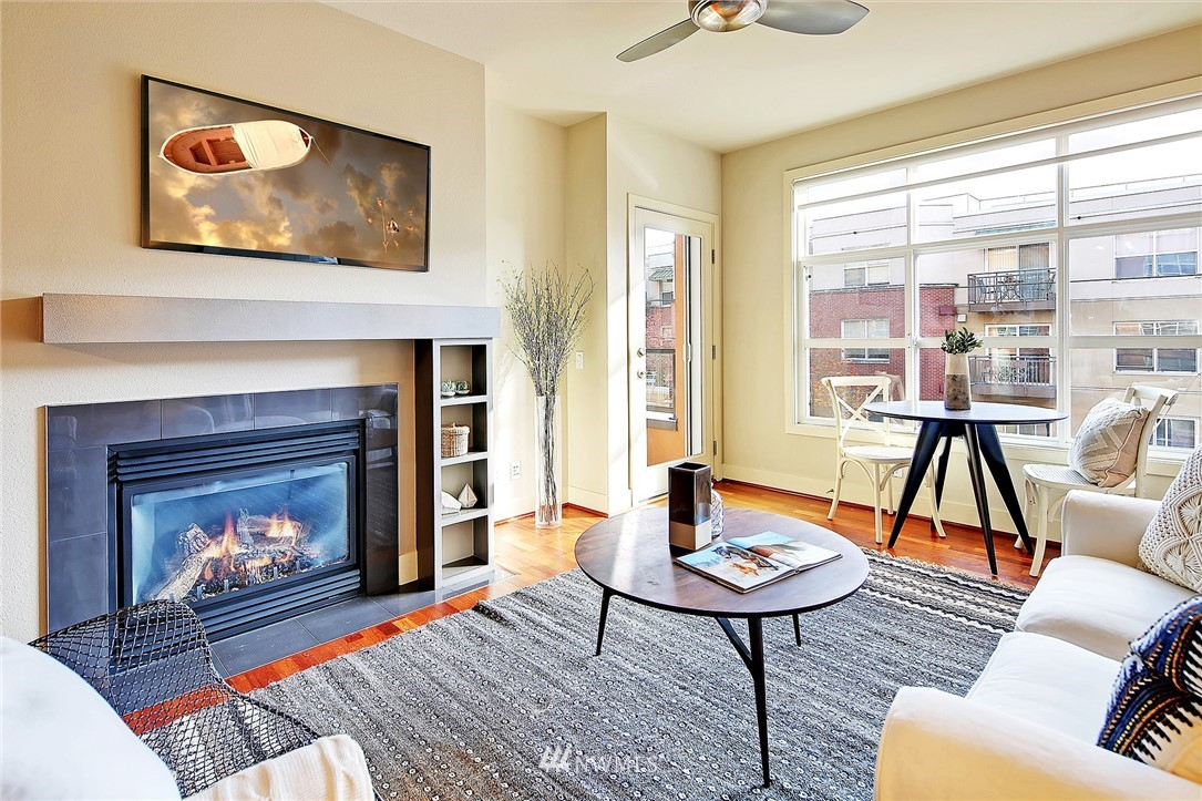 Sold Property | 410 NE 70th Street #304 Seattle, WA 98115 8