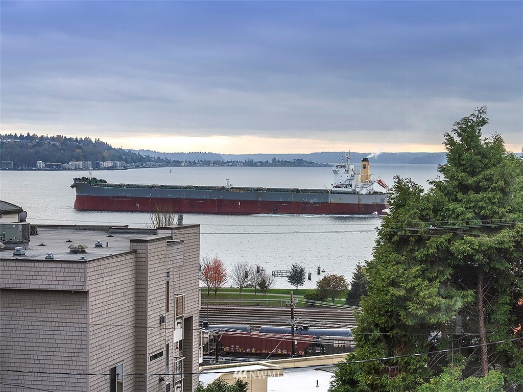 Sold Property | 519 W Roy Street #107 Seattle, WA 98119 0