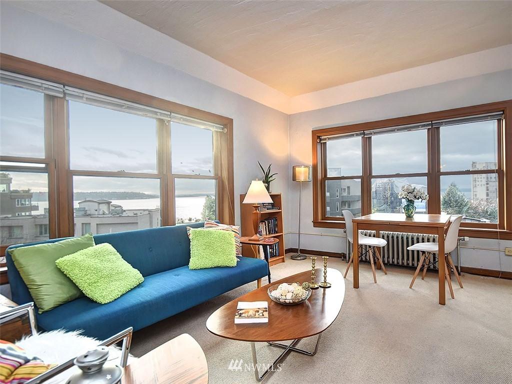 Sold Property | 519 W Roy Street #107 Seattle, WA 98119 1