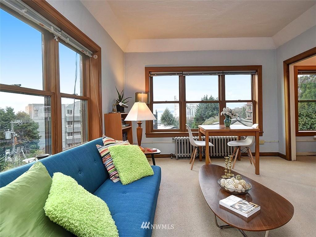 Sold Property | 519 W Roy Street #107 Seattle, WA 98119 2