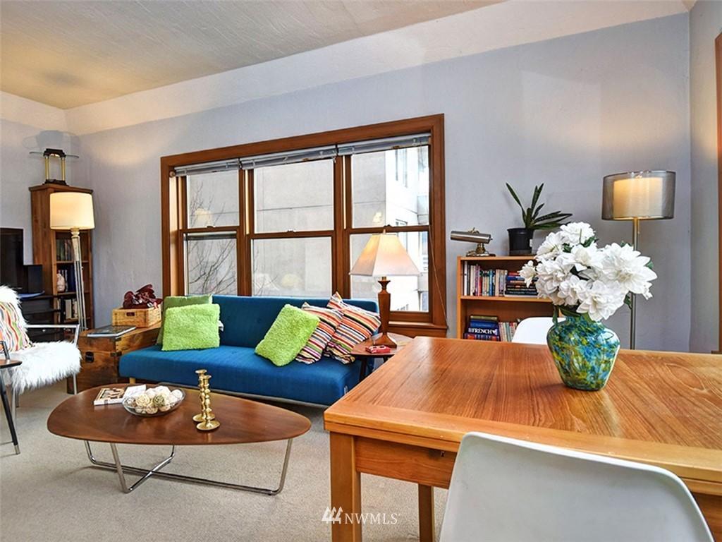 Sold Property | 519 W Roy Street #107 Seattle, WA 98119 5