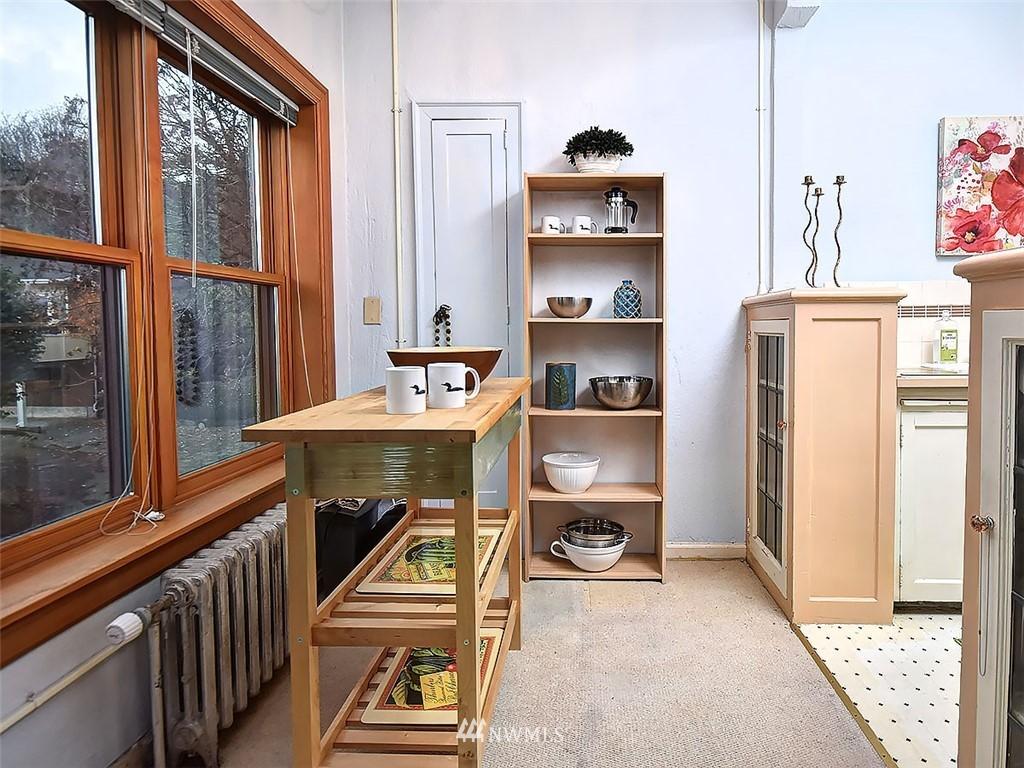 Sold Property | 519 W Roy Street #107 Seattle, WA 98119 7