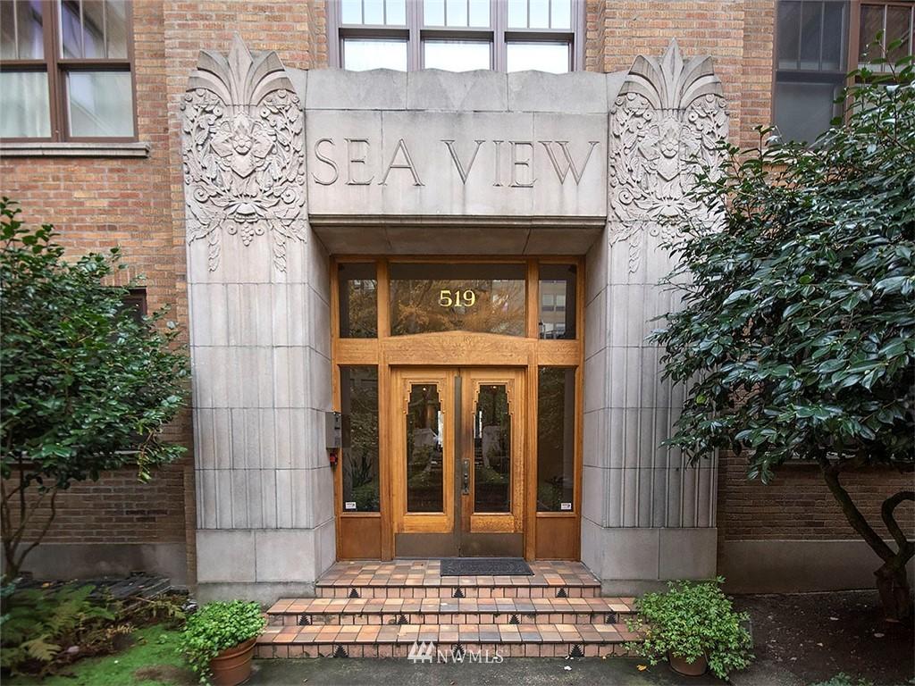 Sold Property | 519 W Roy Street #107 Seattle, WA 98119 13