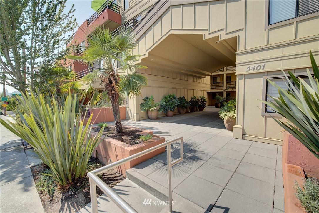 Sold Property   3401 Wallingford Avenue N #105 Seattle, WA 98103 0