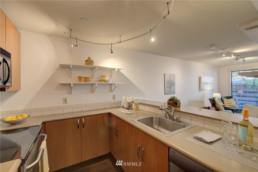 Sold Property   3401 Wallingford Avenue N #105 Seattle, WA 98103 8