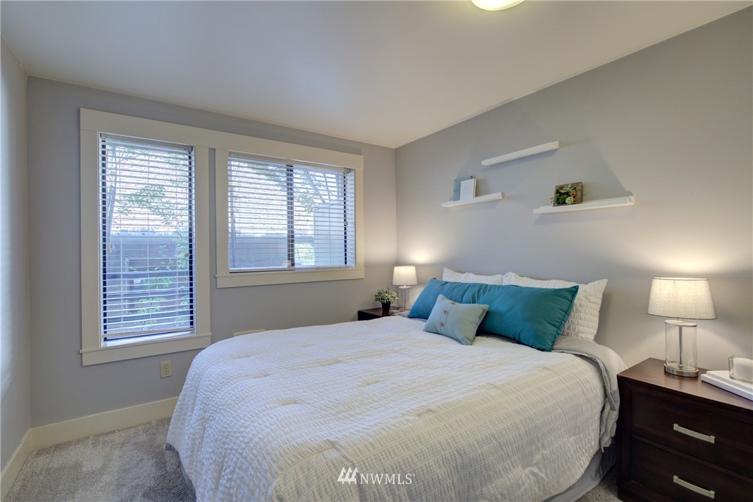 Sold Property   3401 Wallingford Avenue N #105 Seattle, WA 98103 9