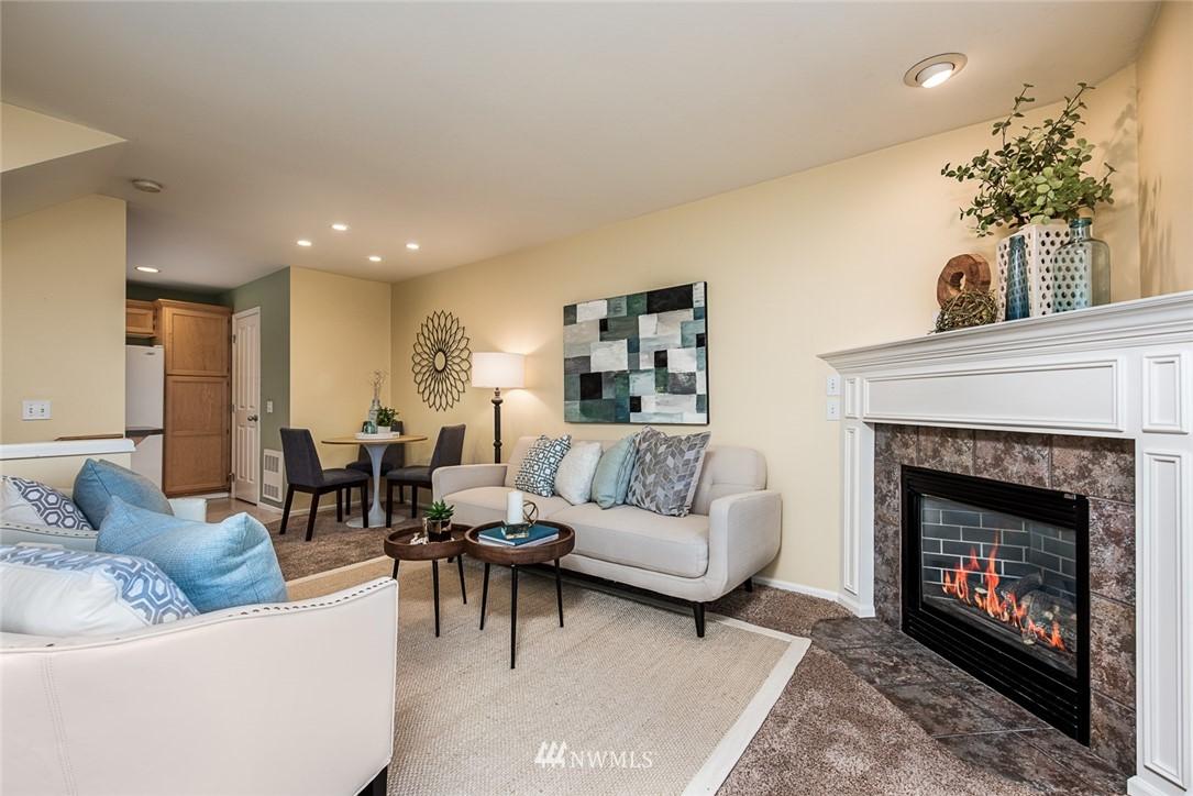 Sold Property | 11722 Greenwood Avenue N #A Seattle, WA 98133 1