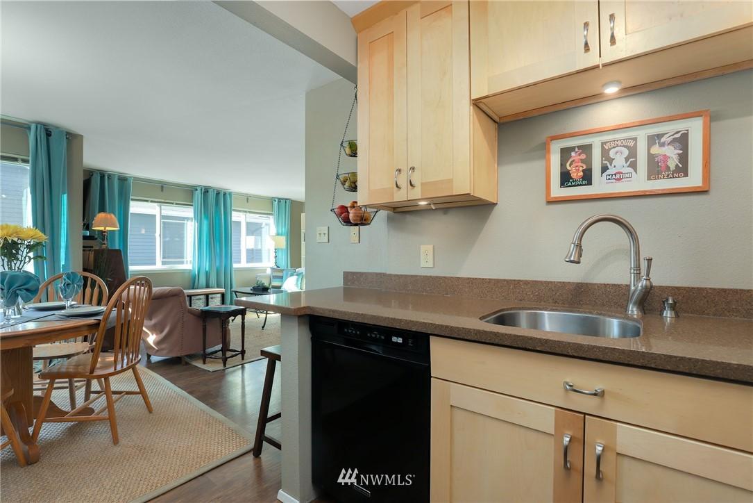 Sold Property   735 N 95th Street #2 Seattle, WA 98103 5