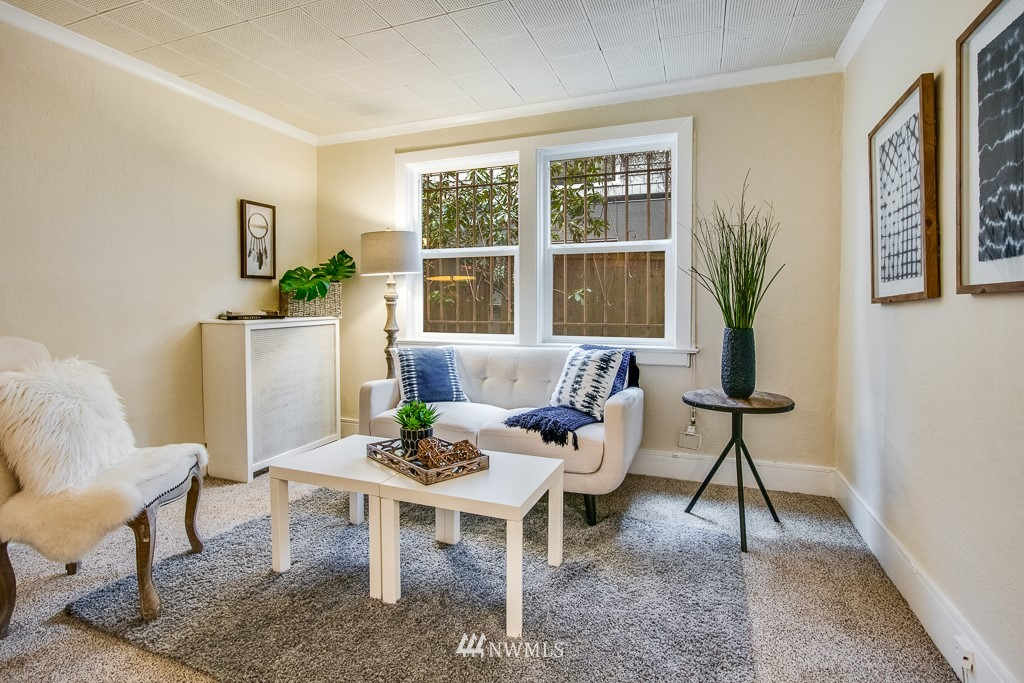 Sold Property | 4725 15th Avenue NE #4 Seattle, WA 98105 5