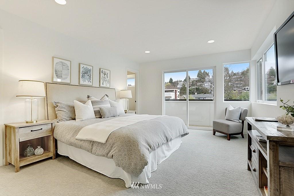 Sold Property | 7325 Bainbridge Place SW Seattle, WA 98136 10