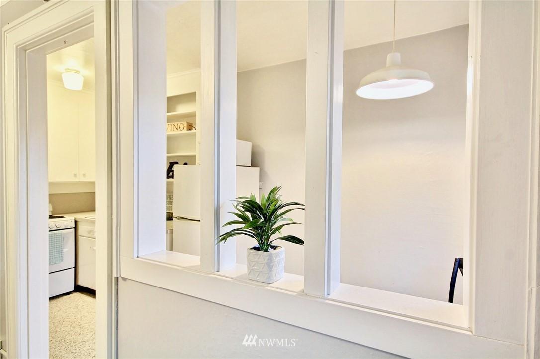 Sold Property | 4725 15th Avenue NE #27 Seattle, WA 98105 6