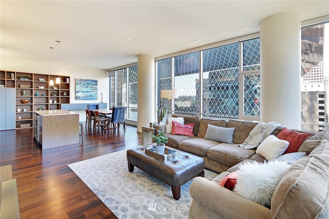 Sold Property   909 5th Avenue #604 Seattle, WA 98164 10