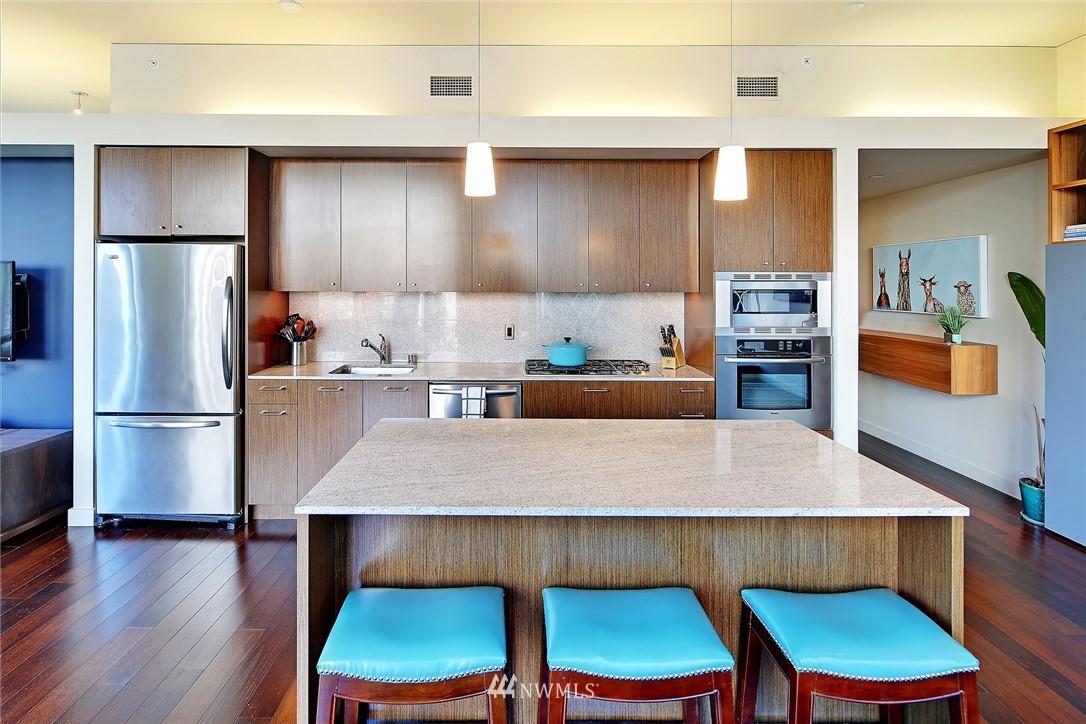 Sold Property   909 5th Avenue #604 Seattle, WA 98164 7