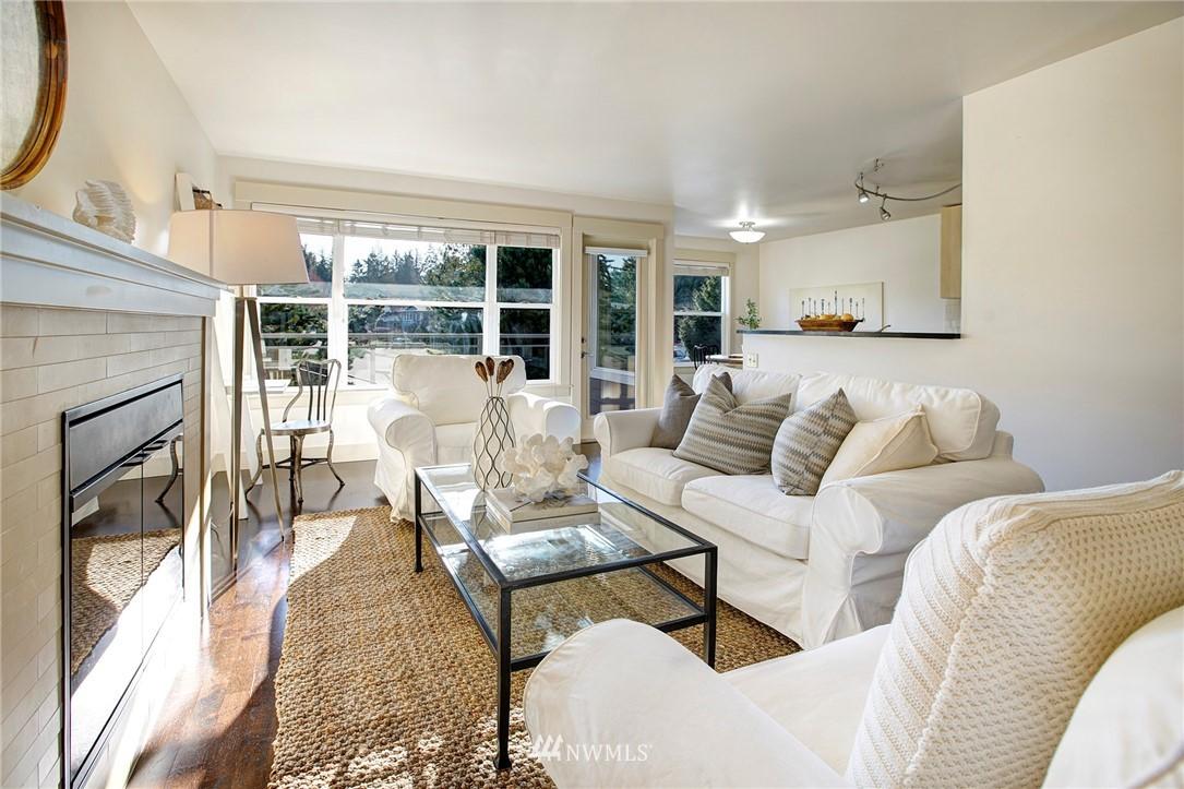 Sold Property   22910 90th Avenue W #B404 Edmonds, WA 98026 1