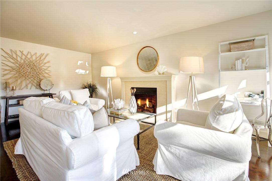 Sold Property   22910 90th Avenue W #B404 Edmonds, WA 98026 2