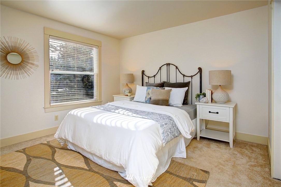 Sold Property   22910 90th Avenue W #B404 Edmonds, WA 98026 10