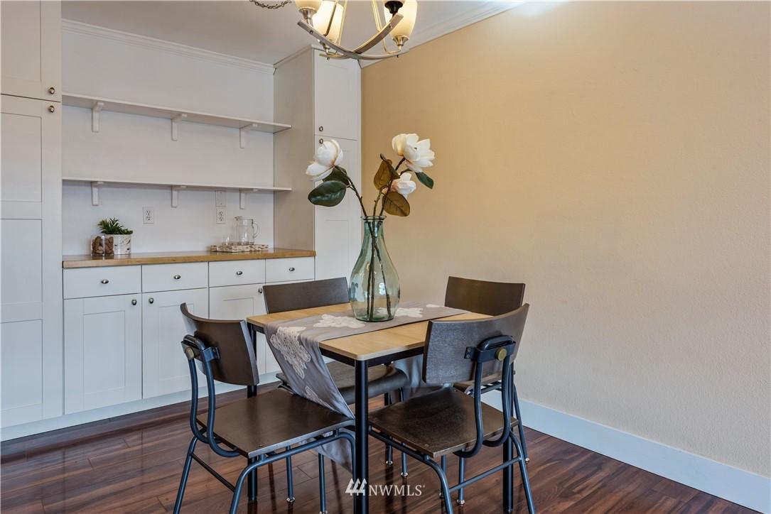 Sold Property | 4219 Whitman Avenue N #8 Seattle, WA 98103 6