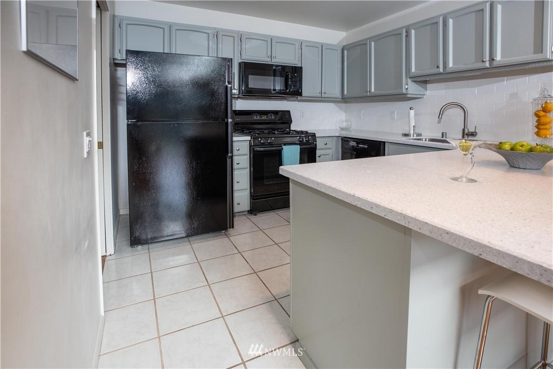 Sold Property | 9721 Riverbend Drive Bothell, WA 98011 6