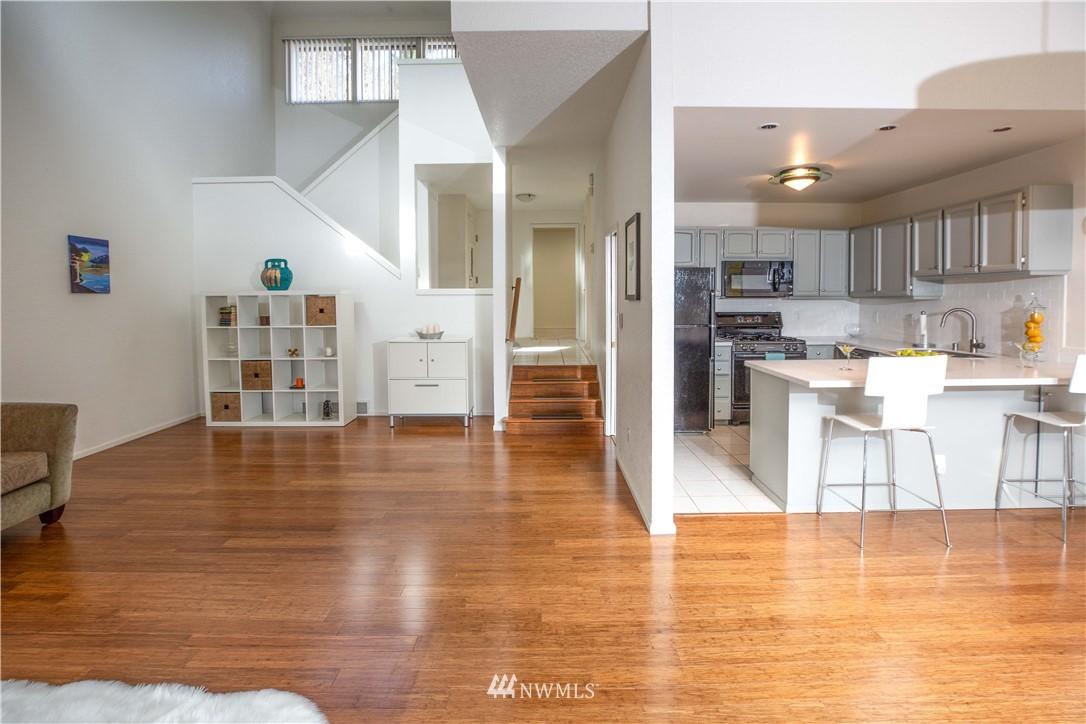 Sold Property | 9721 Riverbend Drive Bothell, WA 98011 8