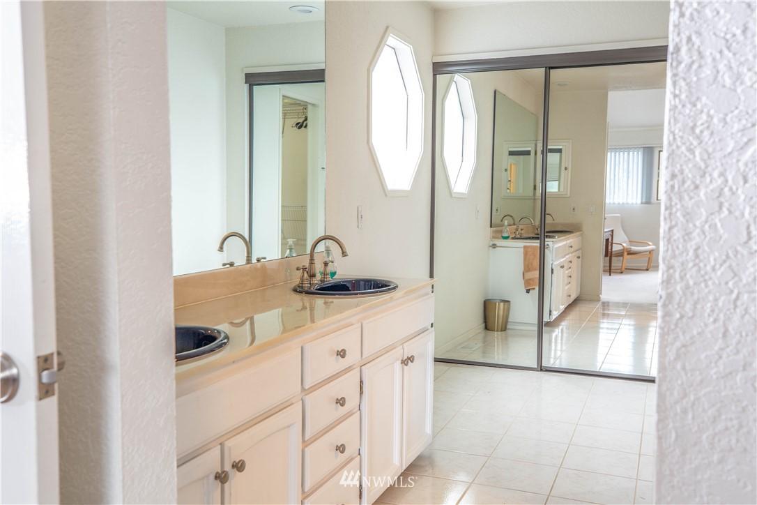 Sold Property | 9721 Riverbend Drive Bothell, WA 98011 10