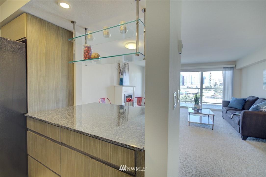 Sold Property   701 122nd Avenue NE #303 Bellevue, WA 98005 4