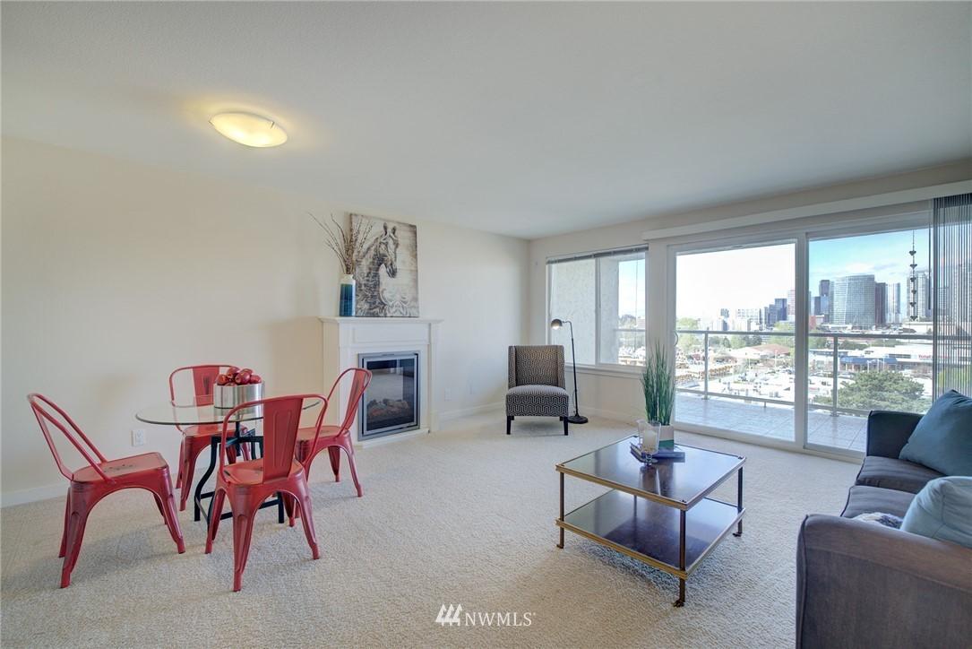 Sold Property   701 122nd Avenue NE #303 Bellevue, WA 98005 7