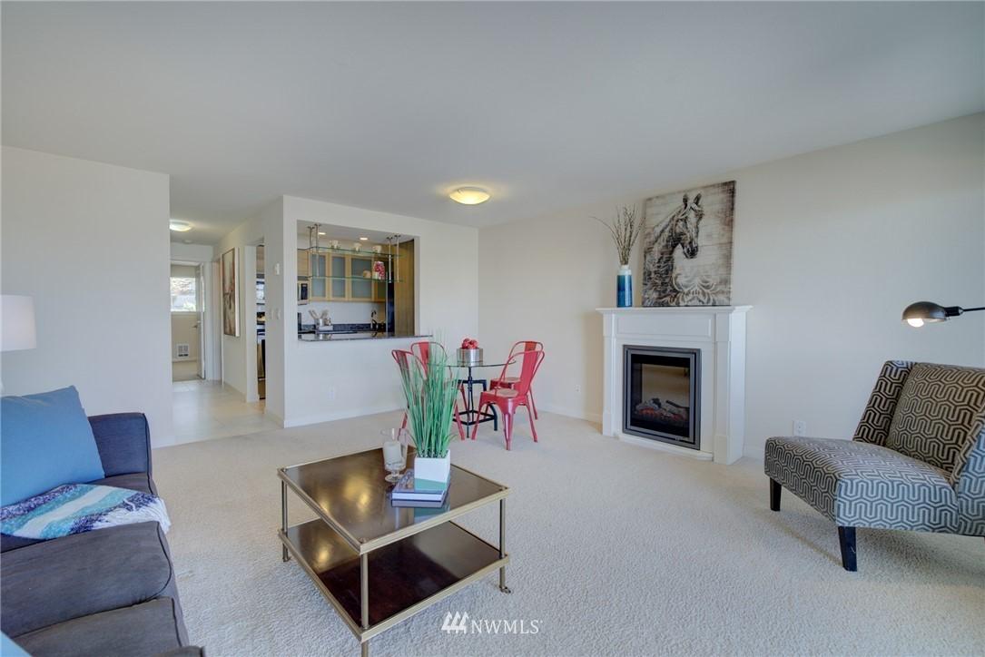 Sold Property   701 122nd Avenue NE #303 Bellevue, WA 98005 6