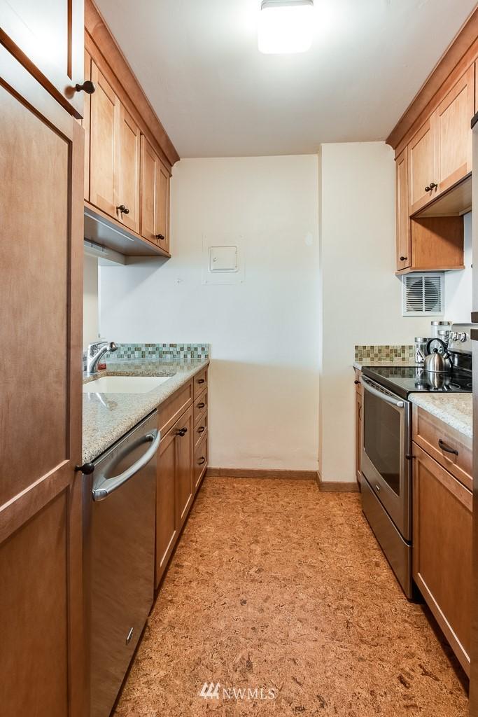 Sold Property | 308 E Republican Street #908 Seattle, WA 98102 8