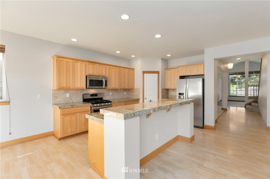 Sold Property   823 200th Place SW Lynnwood, WA 98036 4