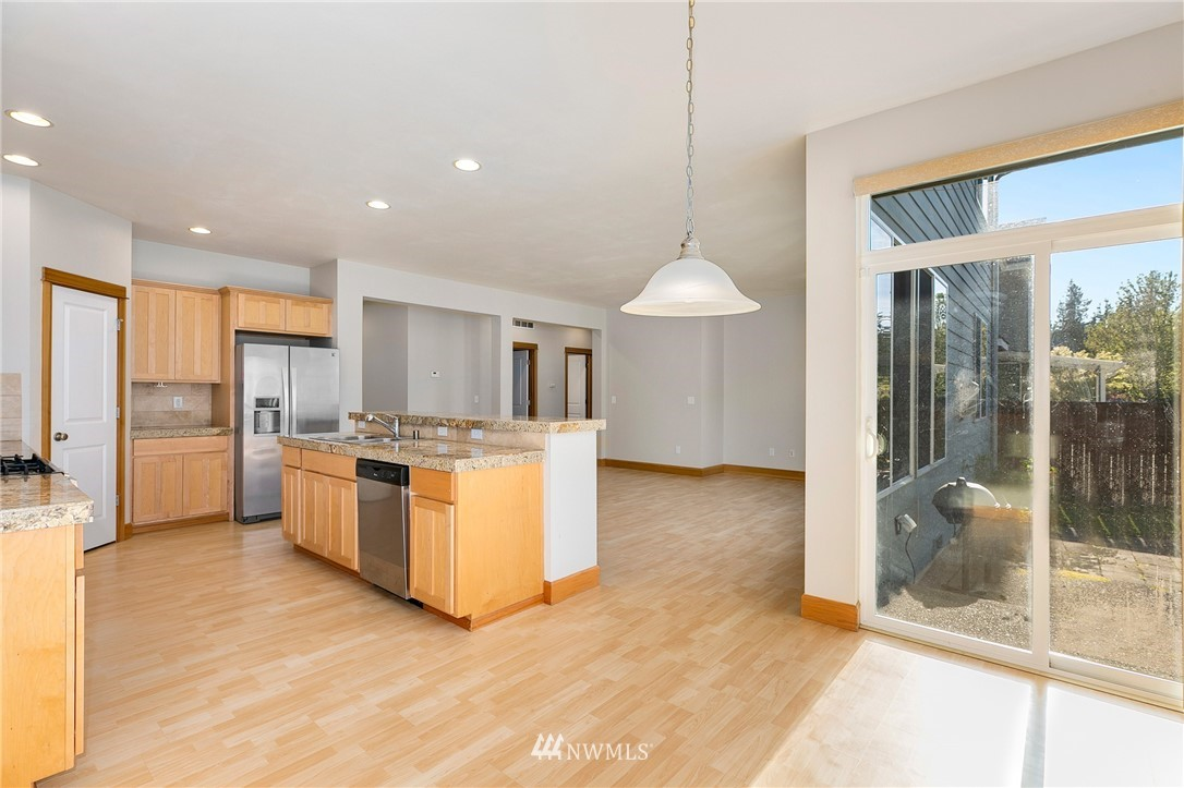 Sold Property   823 200th Place SW Lynnwood, WA 98036 5