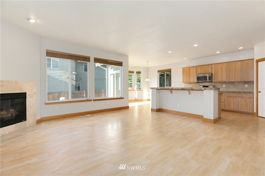 Sold Property   823 200th Place SW Lynnwood, WA 98036 8