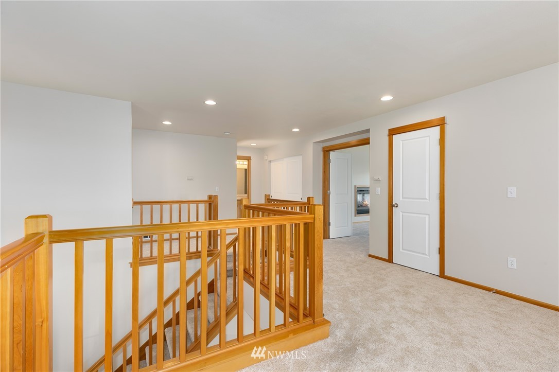 Sold Property   823 200th Place SW Lynnwood, WA 98036 9