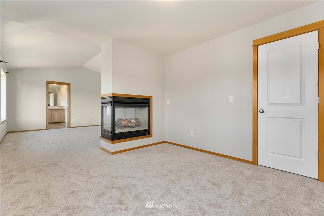 Sold Property   823 200th Place SW Lynnwood, WA 98036 13