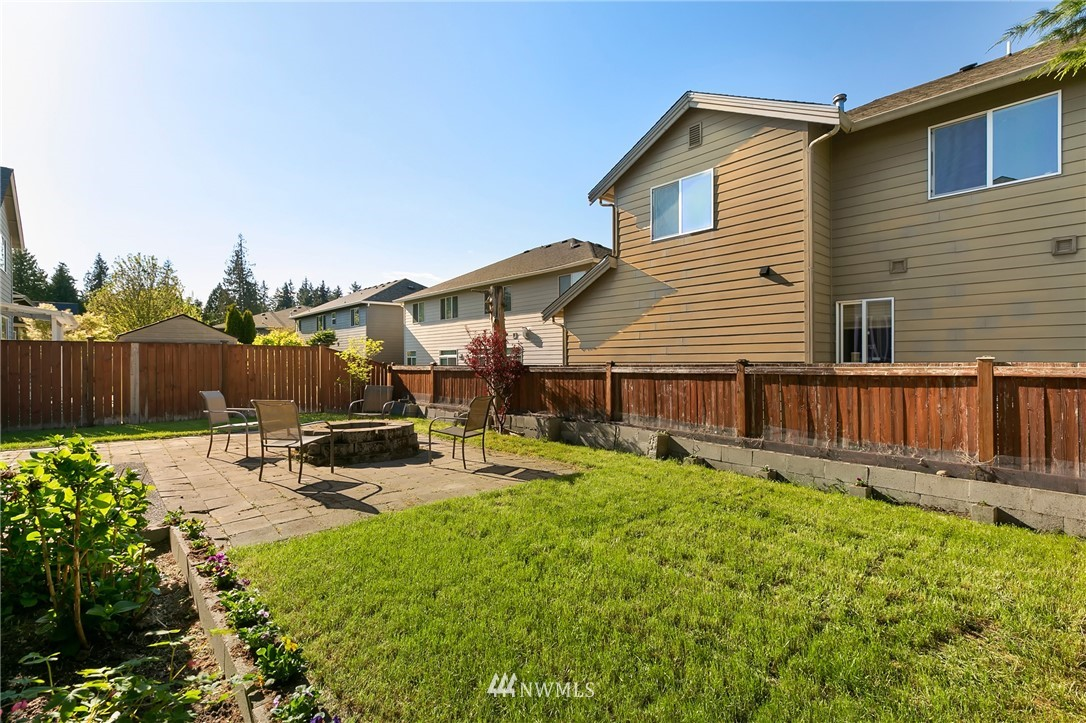 Sold Property   823 200th Place SW Lynnwood, WA 98036 24