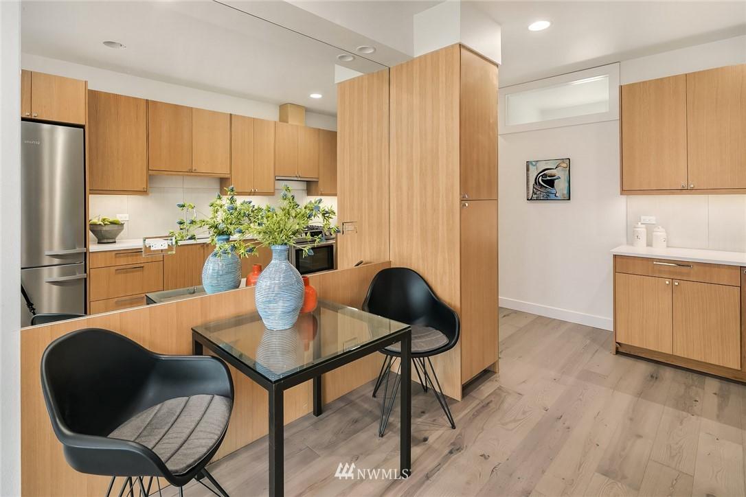 Sold Property | 3941 2nd Avenue NE Seattle, WA 98105 4