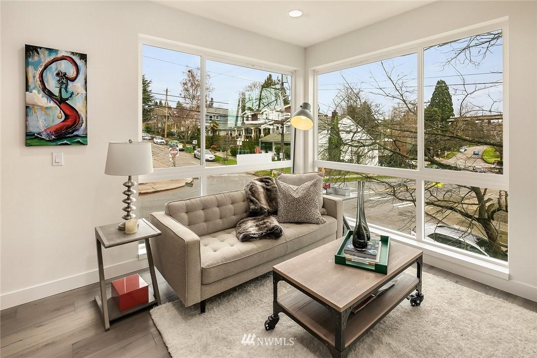 Sold Property | 3941 2nd Avenue NE Seattle, WA 98105 6