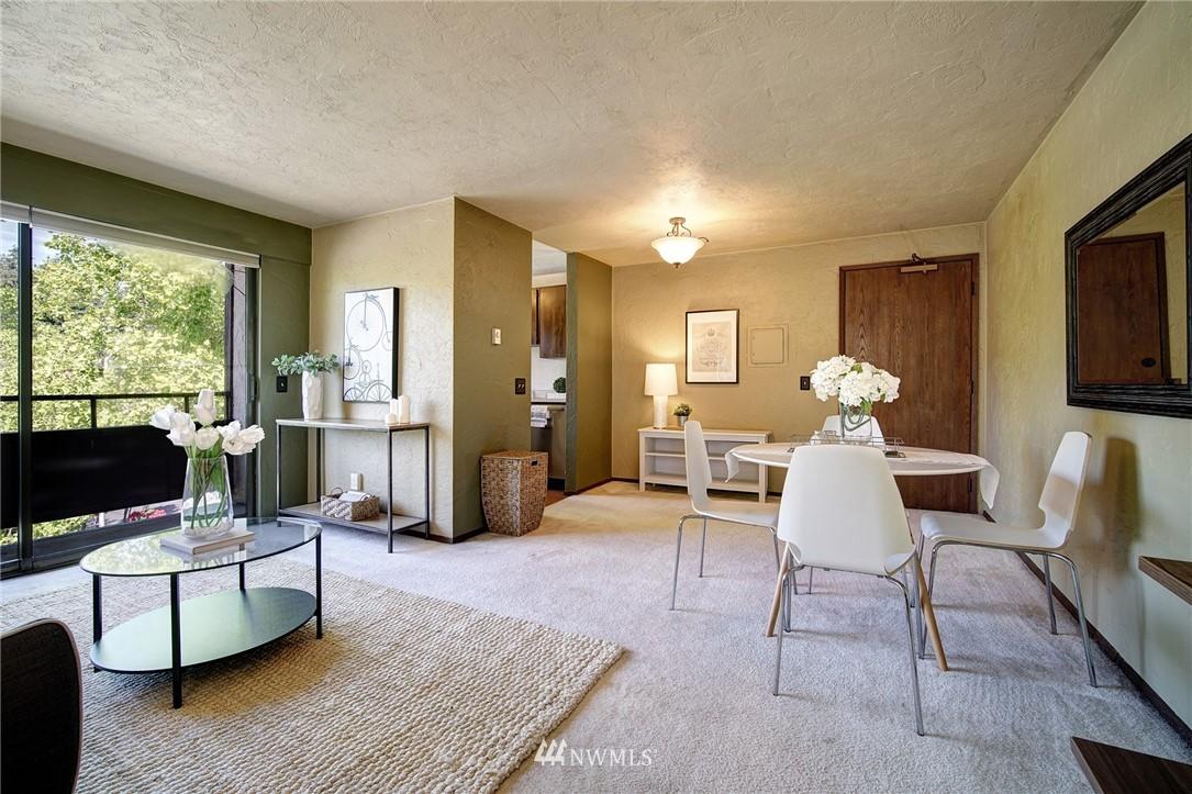 Sold Property | 2100 N 106th Street #401 Seattle, WA 98133 4