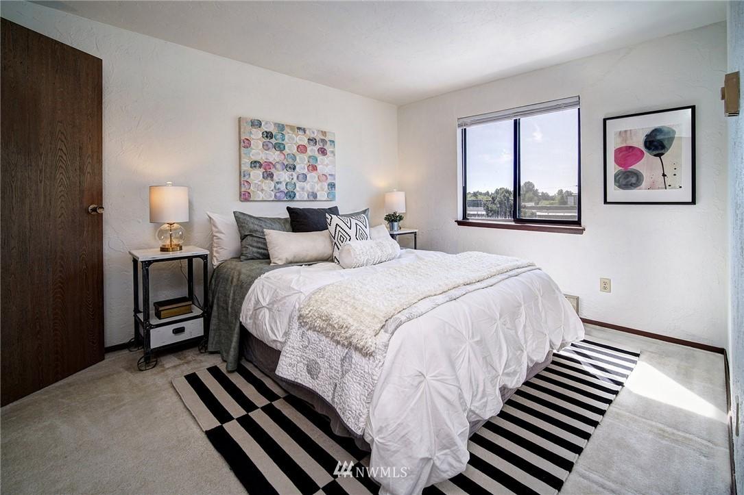 Sold Property | 2100 N 106th Street #401 Seattle, WA 98133 8