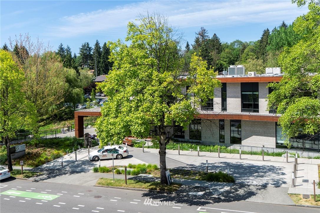 Sold Property | 2100 N 106th Street #401 Seattle, WA 98133 13